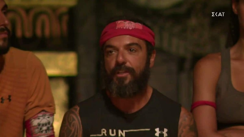 Survivor 4: «Είναι κακό που ο Τριαντάφυλλος δωροδόκησε τους συμπαίκτες του;»