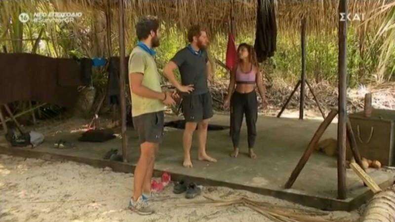 Survivor 4: Απίστευτη η Ελευθερία - Πήγε να βγάλει κλέφτες Τζέιμς και Μπάρτζη... για ένα αντιανεμικό