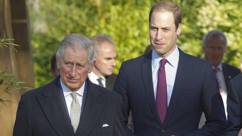 «Σεισμός» στο Buckingham: Αυτό είναι το μέλλον για τη βασιλική οικογένεια μετά το θάνατο του Φιλίππου