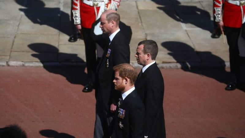 Χαμός στο Buckingham: Αυτά ήταν τα λόγια Ουίλιαμ-Χάρι στην κηδεία του Φιλίππου