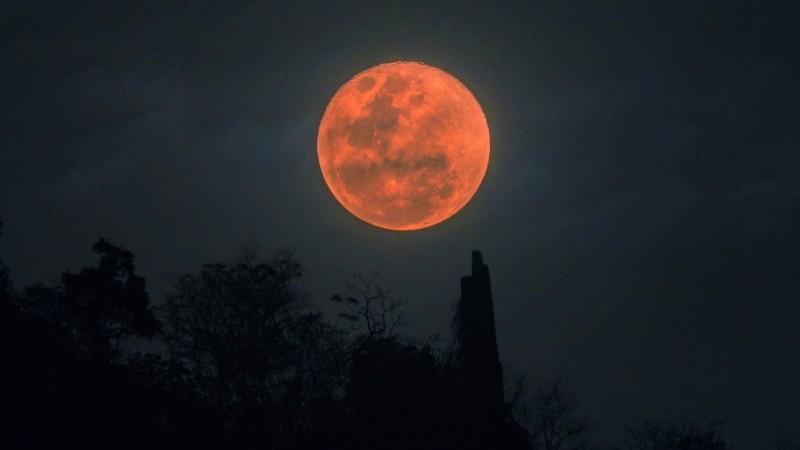 Ματωμένη Σελήνη έρχεται 26 Μαΐου 2021