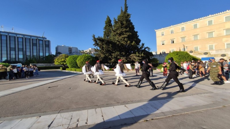 syntagma-allagi-frouras-pontioi-genoktonia-pontiwn