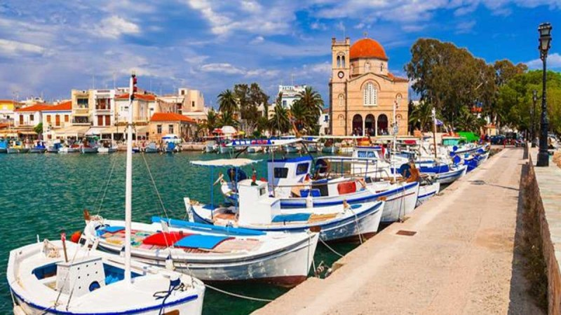 4+1 υπέροχα νησιά σε απόσταση αναπνοής από την Αθήνα
