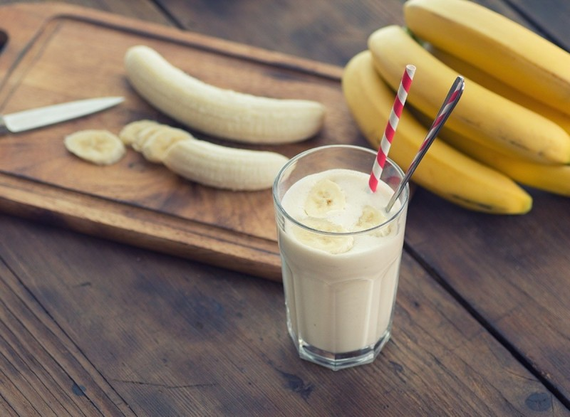 Smoothie μπανάνα με καρύδα
