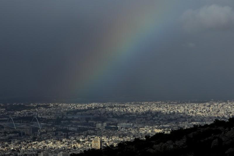 Η φωτογραφία της ημέρας: Και συννεφιασμένη η Αθήνα είναι μια κούκλα!