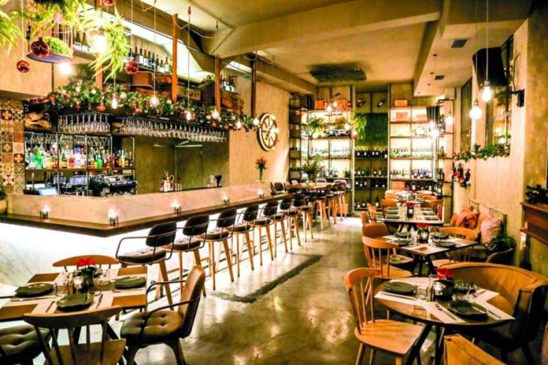 Τα καλύτερα wine bar: Caravin wine bar