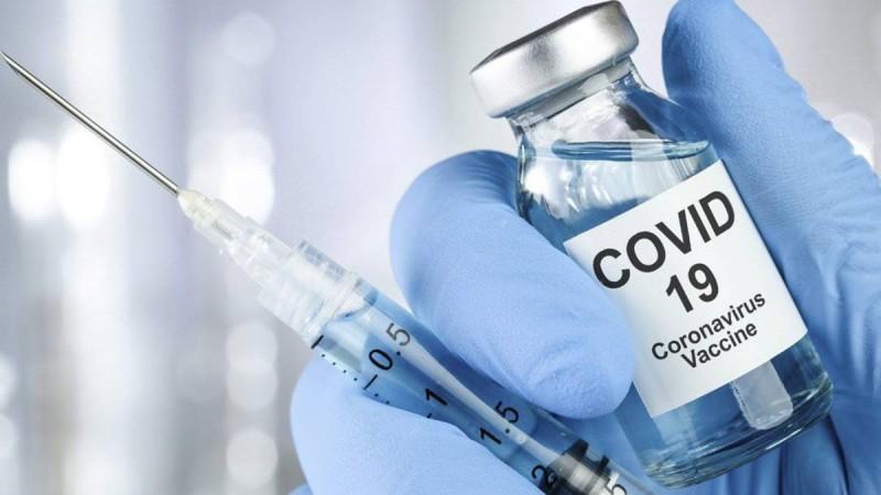 Κορωνοϊός: Όσα πρέπει να κάνουμε πριν και μετά το εμβόλιο