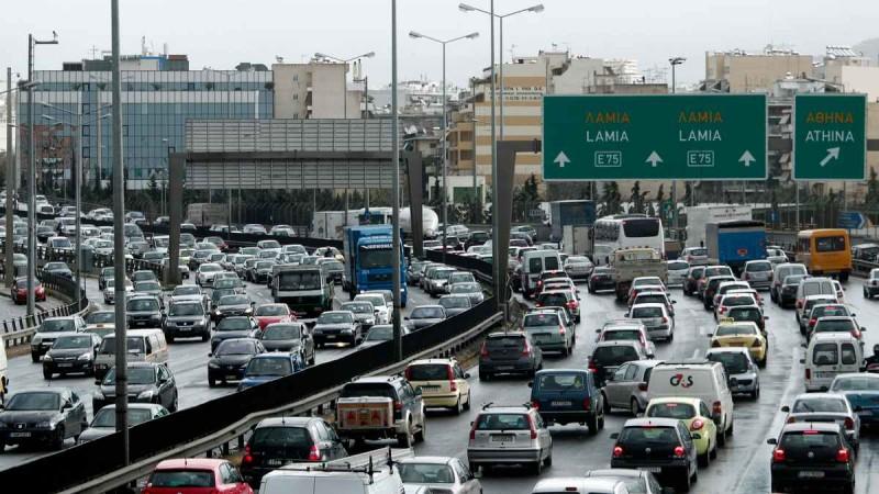 Μποτιλιάρισμα χιλιομέτρων στην Αθηνών - Λαμίας