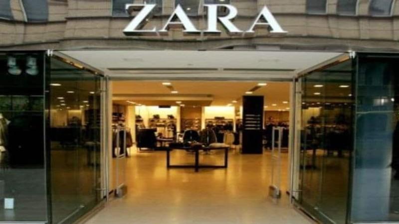 ZARA: Το μαύρο μπικίνι που έχει γίνει ανάρπαστο και το μυστικό κατάστημα με τις προσφορές