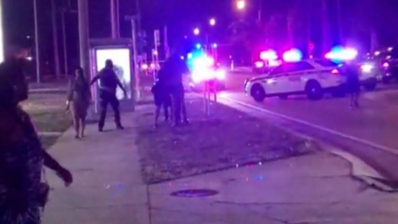 Θρίλερ στη Φλόριντα: Δύο νεκροί και δεκάδες τραυματίες από πυροβολισμούς - Σοκαριστικές εικόνες (Video)