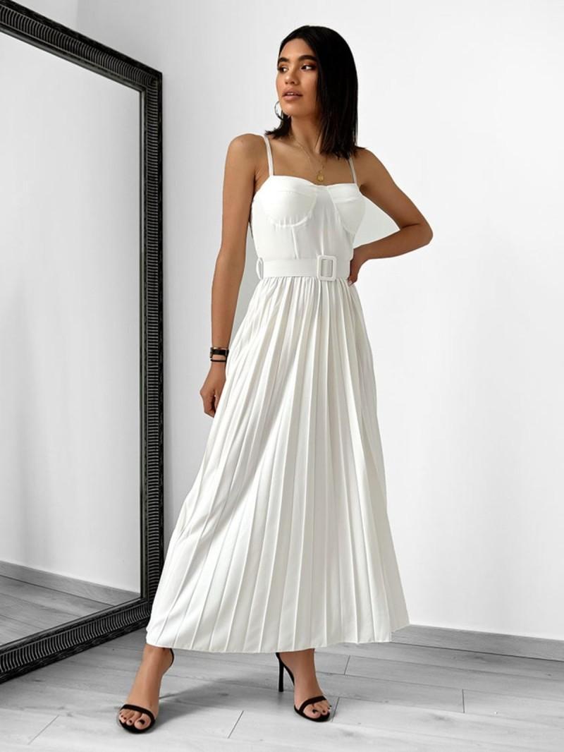 Το λευκό θα φορεθεί και το φετινό καλοκαίρι