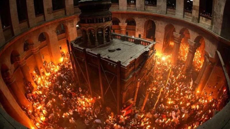 Άγιο Φως: Live η τελετή αφής του στον Πανάγιο Τάφο