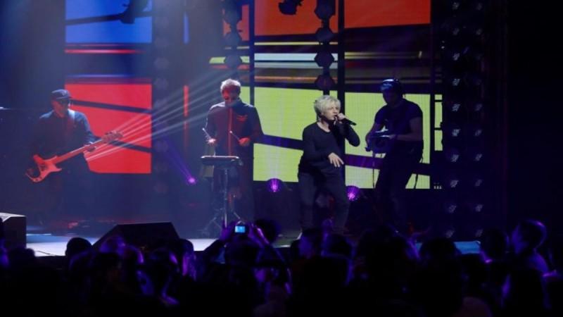 Συναυλία – πείραμα με 5.000 θεατές στο Παρίσι -  Η πρόταση του Μπάιντεν που δίχασε Γερμανία και Γαλλία