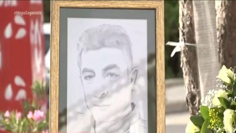 Γιώργος Καραϊβάζ: Απέραντη θλίψη και συγκίνηση στο Μνημόσυνό του