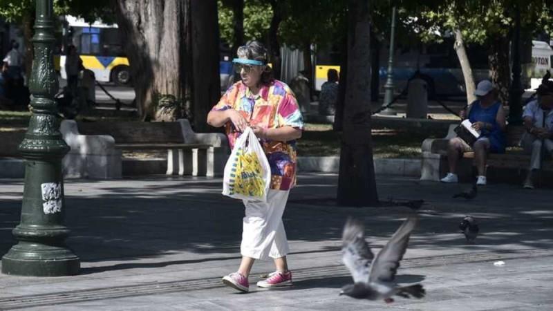 Κορωνοϊός: Συνεχίζεται η εξάπλωση της πανδημίας στην Αττική - «Φωτιά» με τα κρούσματα στην Αιωλοακαρνανία