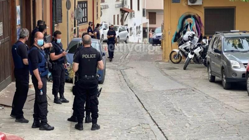 Θεσσαλονίκη: Αστυνομική επιχείρηση για να σταματήσουν τα κορωνοπάρτι