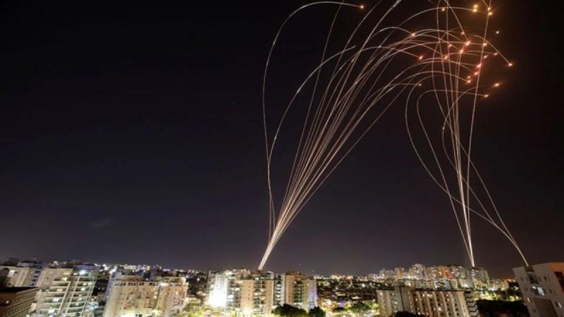 Ισραήλ: Έβδομη νύχτα βομβαρδισμών - «Χτύπησαν» το σπίτι του πολιτικού ηγέτη της Χαμάς