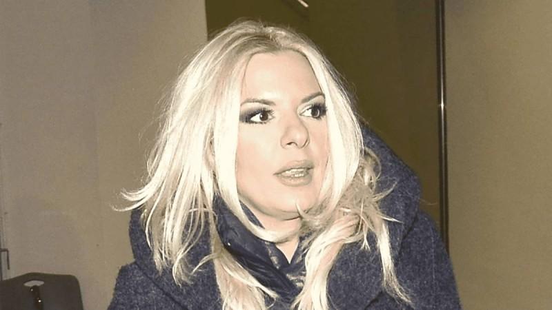 «Βαρύ» πένθος για την Αννίτα Πάνια - Πλάνταξε στο κλάμα η παρουσιάστρια