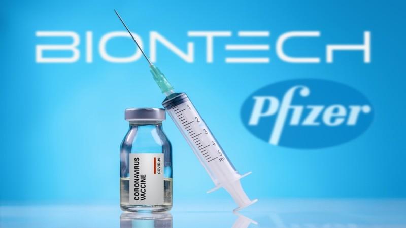 Εμβόλιο Pfizer: Η σπάνια παρενέργεια που «χτυπάει» νέους μετά τη δεύτερη δόση - Οι 6 ανησυχητικές παρενέργειες από τα εμβόλια