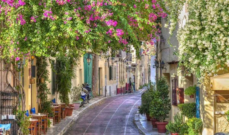 Γειτονιές για να περπατήσεις στο κέντρο της Αθήνας: Πλάκα