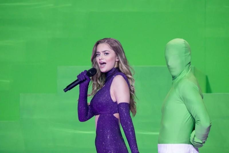 Εντυπωσίασε η Στεφανία στη σκηνή της Eurovision