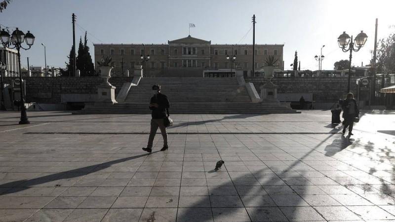 Τελειώνει το lockdown στην Ελλάδα - Φινάλε για sms, click away και click inside!