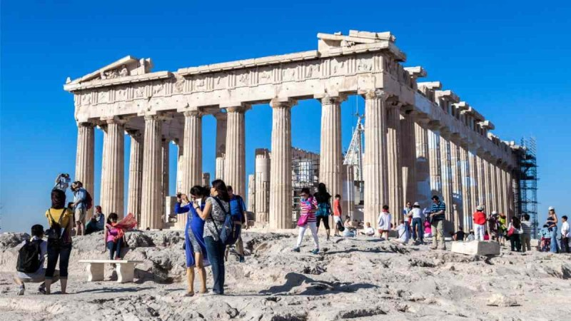 Η ώρα του τουρισμού: Η καμπάνια ΕΟΤ-Aegean για... καυτές διακοπές στην Ελλάδα και το κάλεσμα Θεοχάρη