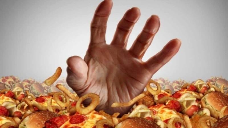 Αυτές είναι οι τροφές που συνδέονται άμεσα με την εμφάνιση καρκίνου