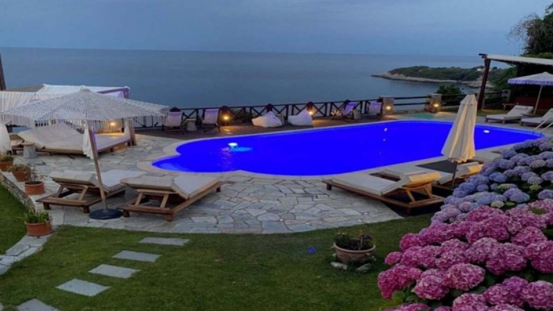 Agapitos Villas & Guesthouses πισίνα