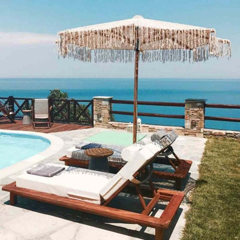 Agapitos Villas & Guesthouses ξαπλώστρα