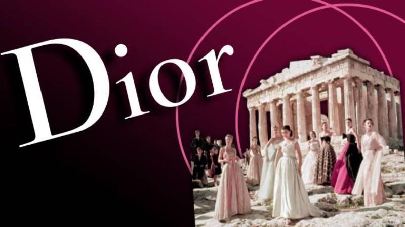 21.100 ευρώ θα νοικιαστεί η Ακρόπολη από την κυβέρνηση στον Dior! Οι περιορισμοί και τα χρήματα που θα πληρώσει αναλυτικά ο οίκος