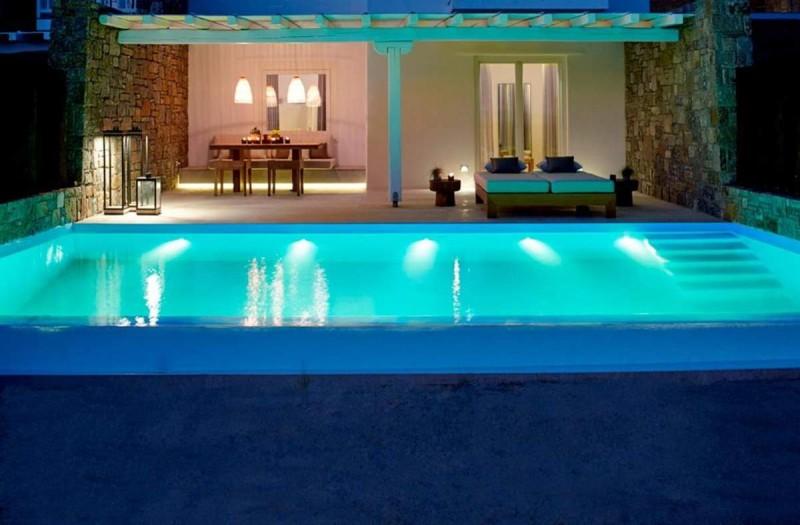 Bill & Coo Coast Suites πισίνα