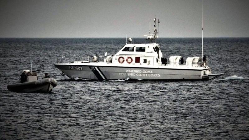 Στιγμές τρόμου για 13χρονη που έκανε κανό στη Χαλκιδική - Επενέβη το Λιμενικό
