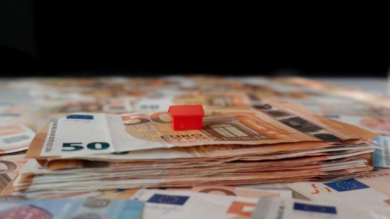 Έχεις πάρει δάνειο και χρωστάς σε τράπεζα; Πως θα πάρεις επίδομα για να ξεχρεώσεις!