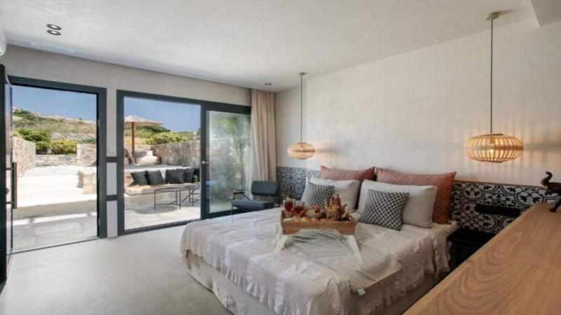 Νάξος: 5+1 υπέροχα ξενοδοχεία κάτω από 50 ευρώ με πισίνα και άριστη βαθμολογία στο booking - Οι προτάσεις του Τάσου Δούση