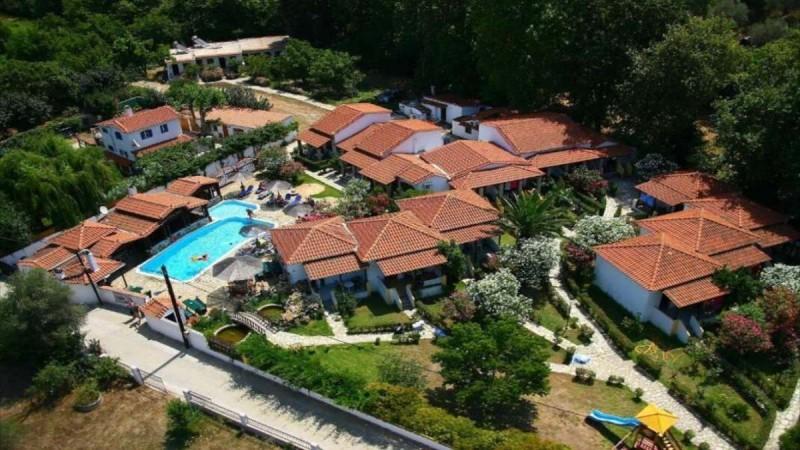 Σκιάθος: 4+1 υπέροχα ξενοδοχεία με εξαιρετική βαθμολογία στο booking - Οι καλύτερες επιλογές από τον Τάσο Δούση