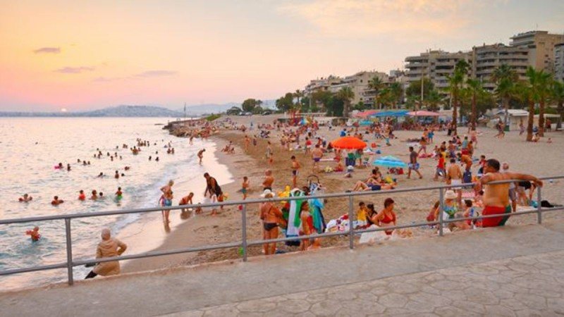 9+1: Παραλίες στην Αττική για να κάνετε το μπάνιο σας χωρίς είσοδο - Ποιες βραβεύτηκαν με