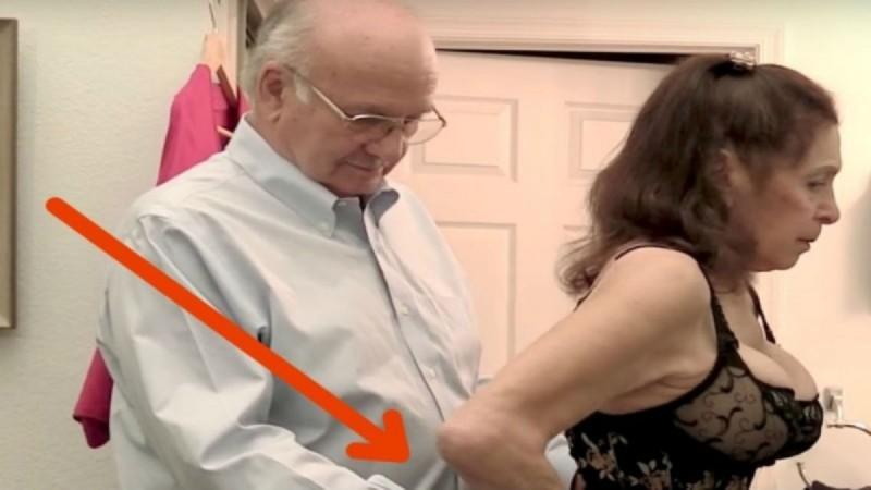 80χρονη γιαγιά βάζει κάθε μέρα τον άντρα της να της κάνει... Δείτε το σώμα της και θα σοκαριστείτε (Video)