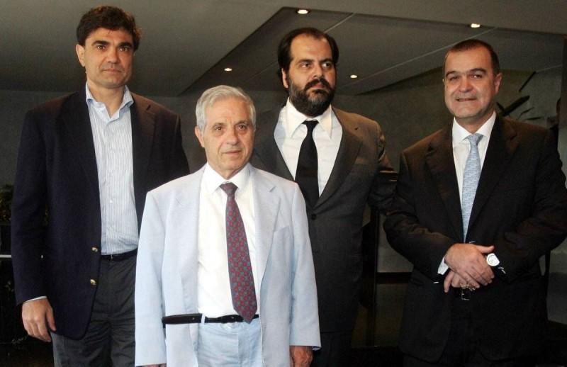 Παύλος Γιαννακόπουλος και πολυμετοχικότητα