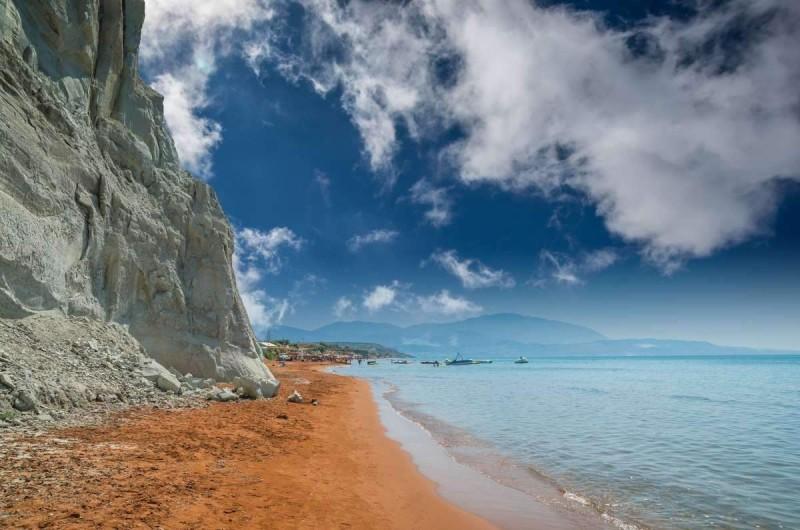 Ξι παραλία Κεφαλονιά