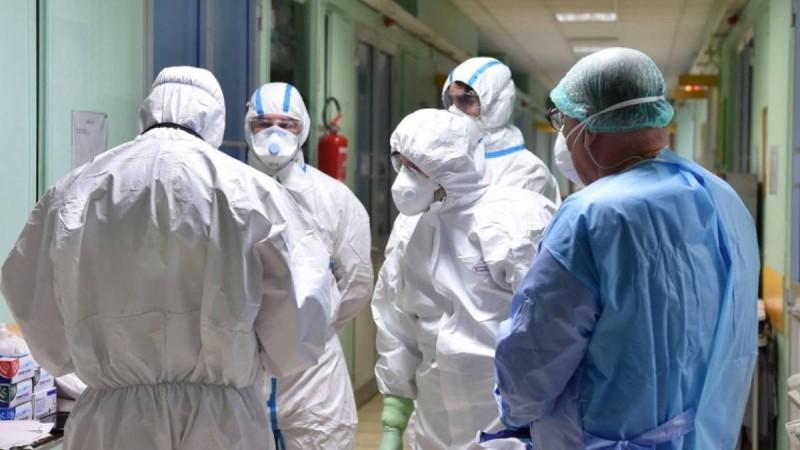 Κορωνοϊός: Συνεχίζεται η αποσυμφόρηση στο σύστημα υγείας - Τι ισχύει για τους θανάτους πλήρως εμβολιασμένων