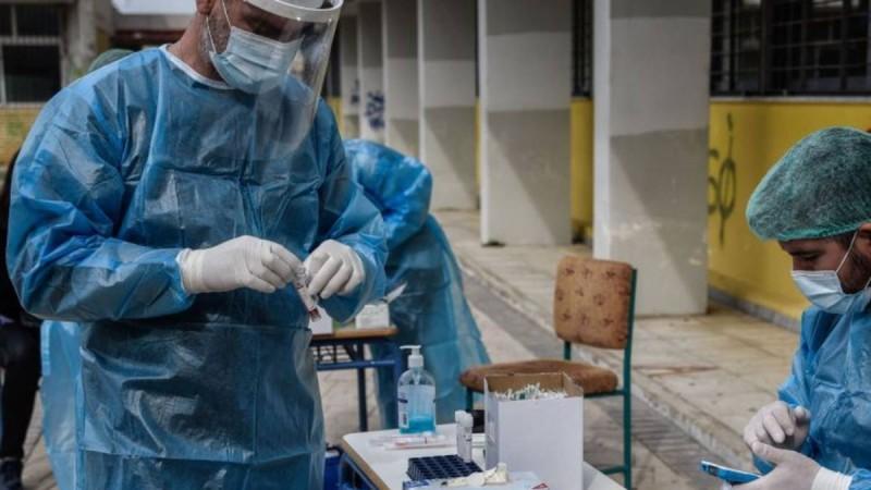 Κορωνοϊός: «Σβήνει» η πανδημία στην χώρα - Οριστικό τέλος για απαγόρευση κυκλοφορίας και μάσκες