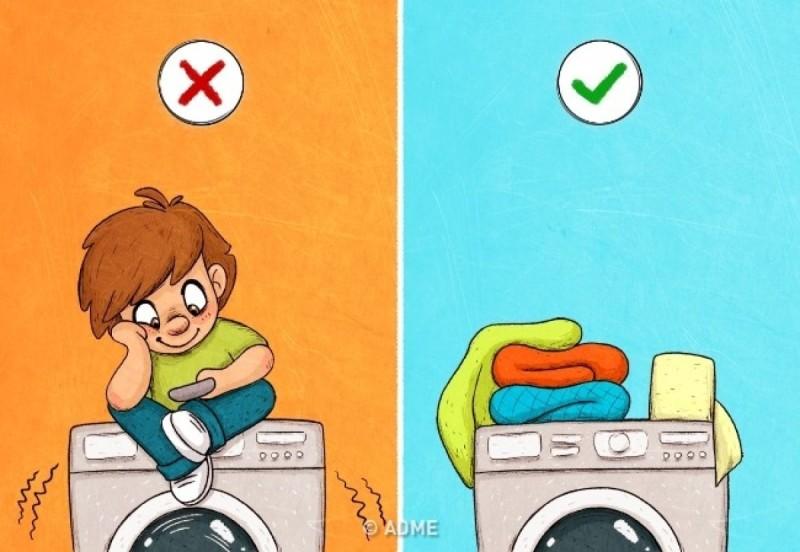 Μη τοποθετείτε βαριά αντικείμενα πάνω στο πλυντήριο ρούχων και μη κάθεστε πάνω του
