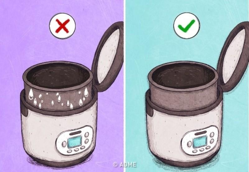 Μη τοποθετείτε τον κάδο στο πολυκουζινάκι υγρό ή βρώμικο, καθώς μπορεί να προκληθεί βλάβη