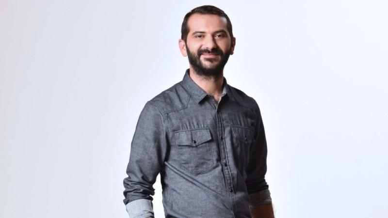 Τολμηρός ο Λεωνίδας Κουτσόπουλος - Εκανε ελεύθερη πτώση μετά τη χυλόπιτα στον Ατζούν