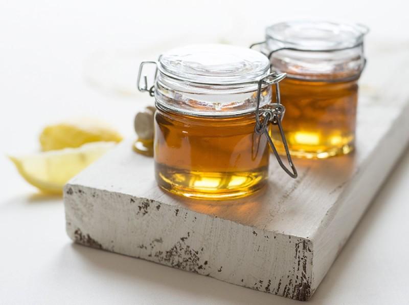 Δείτε τι θαύματα κάνει μία κουταλιά μέλι πριν πέσετε για ύπνο!