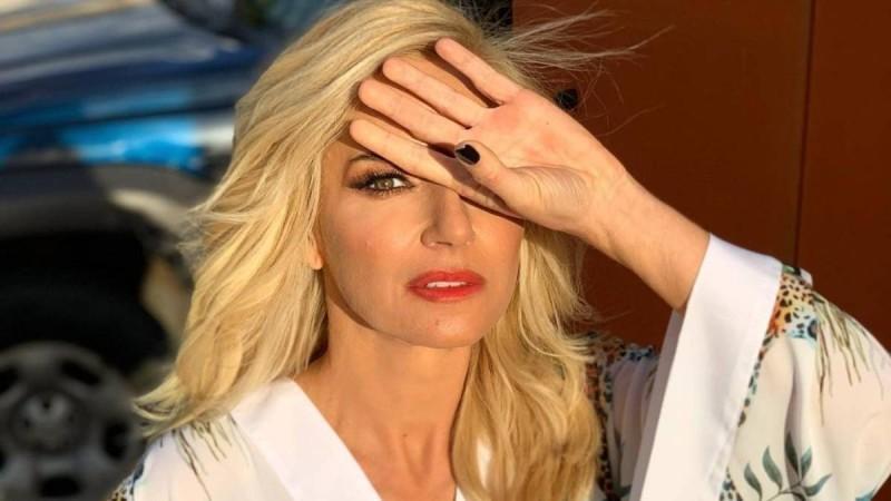 Μαρία Μπεκατώρου: Με λυγμούς η τελευταία της εκπομπή στο «Still Standing» - Γιατί φεύγει από τον ΑΝΤ1