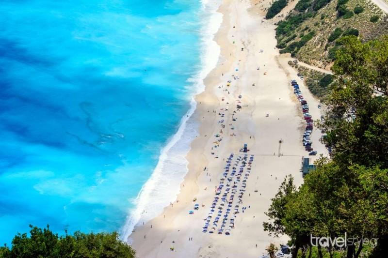 Μπέλα Βράκα παραλία στα Σύβοτα