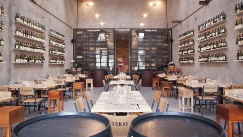11+1: Τα καλύτερα wine bars της Αθήνας για τους μετρ του είδους!