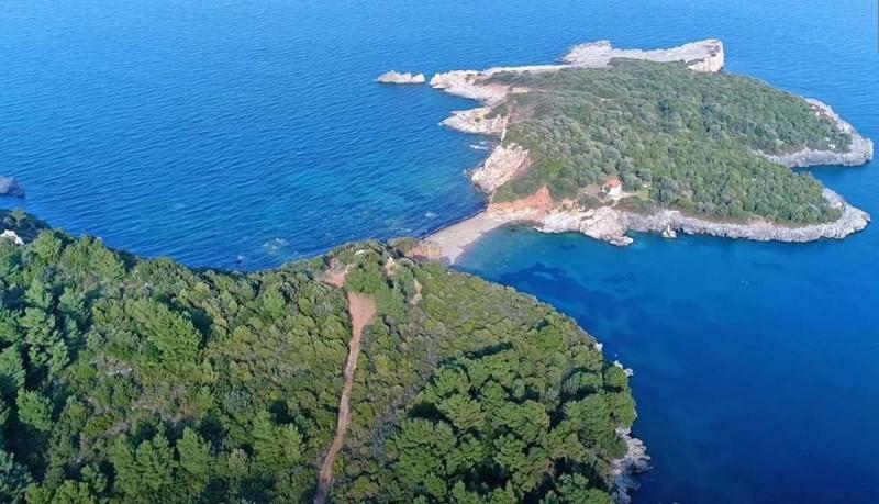 Άγιος Βασίλειος διπλή παραλία